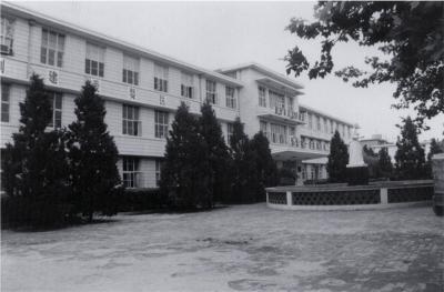二十世纪八、九十年代医院门诊楼